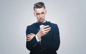 How To Be A Man: Looking The Part