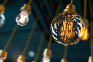 Get Better Sleep By Installing Vintage Light Bulbs In Your Bedroom – Know The Effect