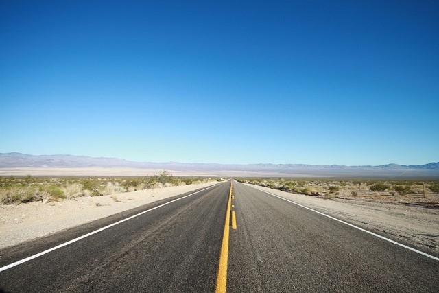 Los Angeles to Las Vegas: 4 Easy Ways of Traveling