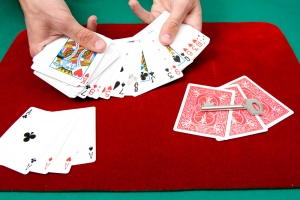 Tips to Organise A Rummy Party At Home