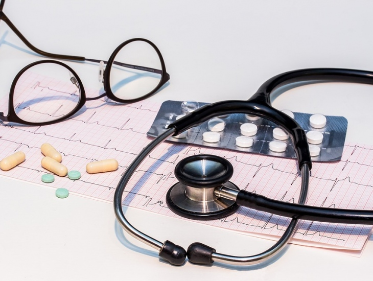 What Do Cardiothoracic Surgeons Help With